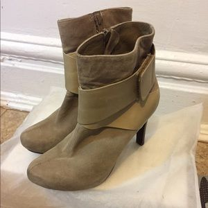 Ankle bootie  size 6.5